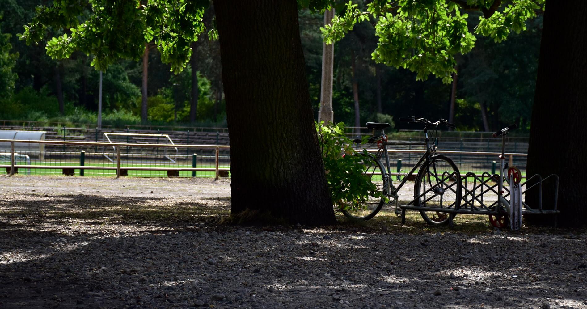 Stadion mit Fahrrad